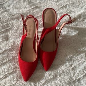 Dream Pairs Shoes - Perfect Valentines heels!  👠👠